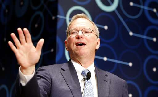 Former Google exec Eric Schmidt named MIT innovation fellow