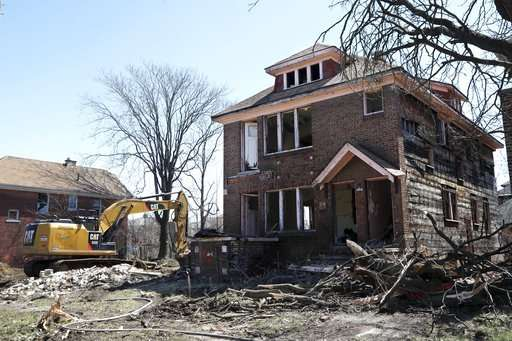 Home demolitions may create new problem: lead-tainted dust