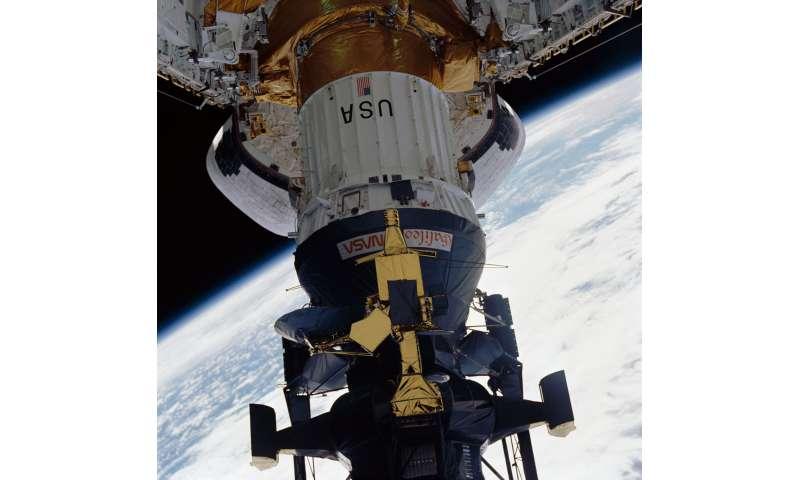 Image: Launching the Galileo mission
