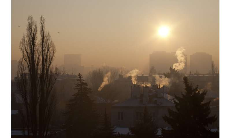 Indoor HEPA filters significantly reduce pollution indoors when outside air unhealthy, study finds