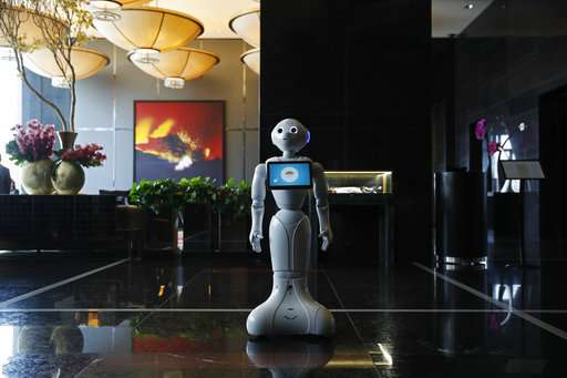 Las Vegas hotels bet on technology to attract, dazzle guests