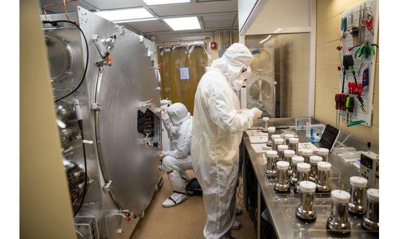 Massive new dark matter detector gets its 'eyes'