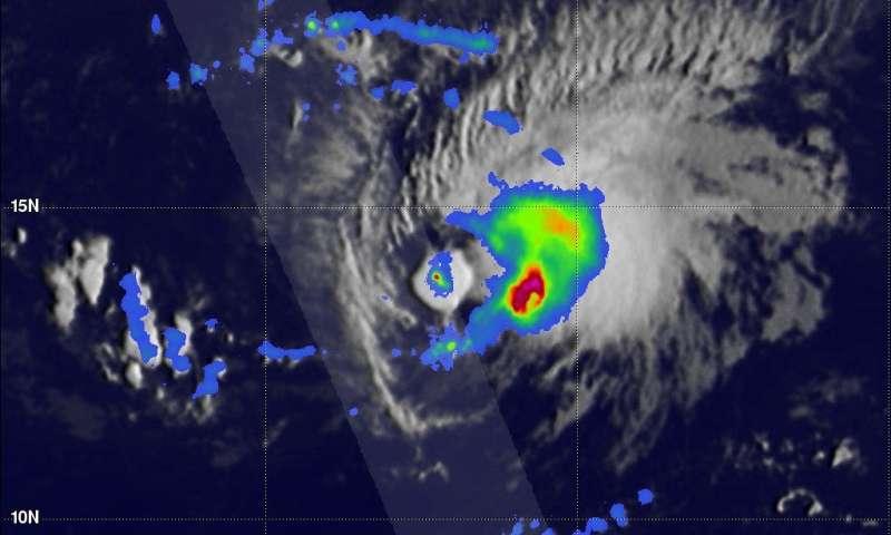 NASA/JAXA satellite finds heavy rainfall in Tropical Storm Isaac