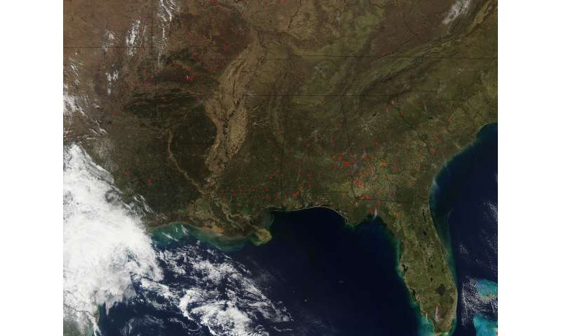 NASA satellite sees fires in southeastern U.S.