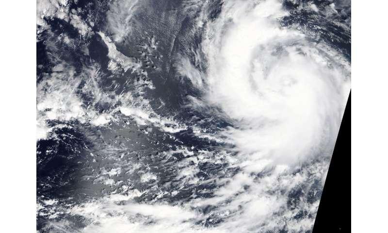 NASA's close up of Hurricane Rosa shows hint of an eye