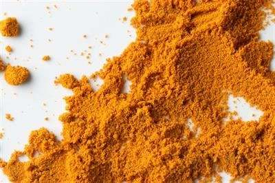 New evidence suggests a role for curcumin and related compounds in the treatment of cancer and Alzheimer's disease