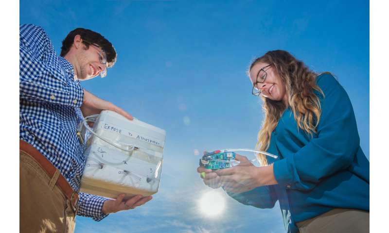 New Sandia balloon-borne infrasound sensor array detects explosions