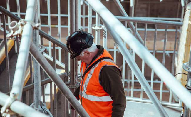 Older, injured workers lose up to one-third of income, Otago research reveals