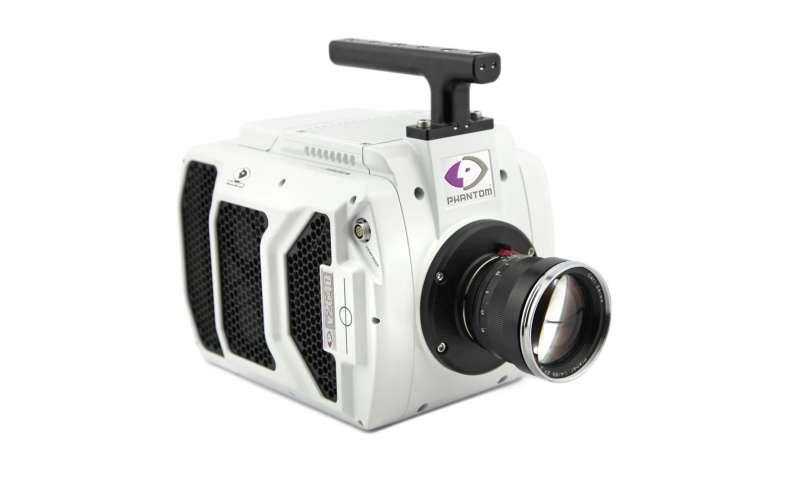 Phantom v2640 is showcased for speed, image quality