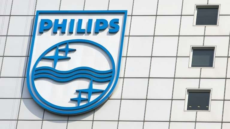 Philips said net profits were up 25 percent, while sales rose two percent to almost 18bn euros, as consumers snapped up everythi