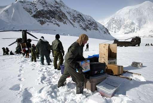 Popular Alaska peak weighs new rules for climbers' poop