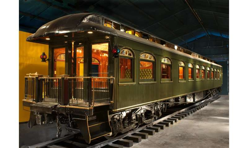 Ringling train chugs into digital world