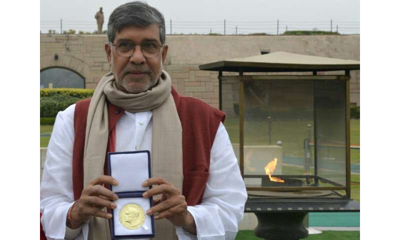 Robbers in India stole  a replica of Kailash Satyarthi's Nobel Peace Prize medal