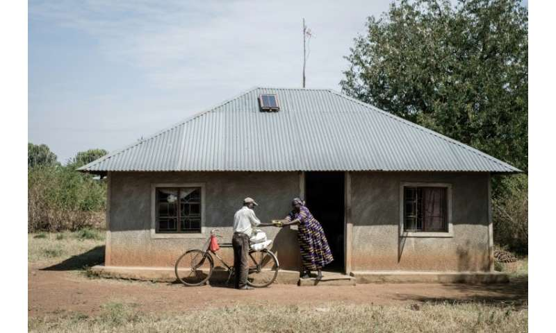 Somes villagers in western Kenya are receiving a universal basic income, an experimental programme by the  American NGO Give Dir
