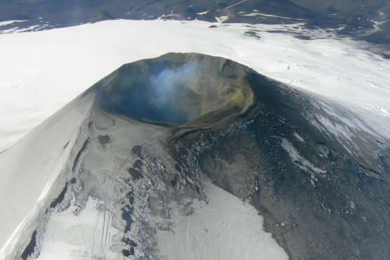 Stanford scientists eavesdrop on volcanic rumblings to forecast eruptions