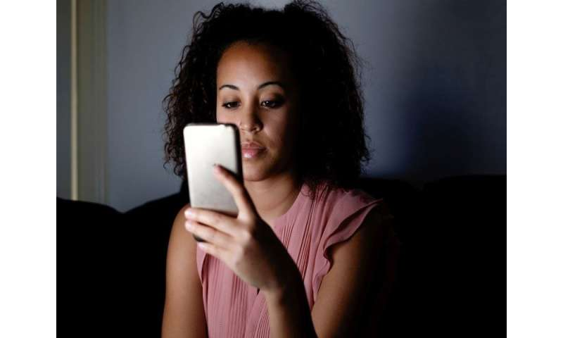 Teen sexting linked to intimate partner violence, sexual abuse