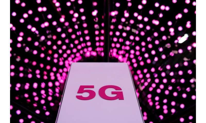 The first commercial 5G roll-outs begin this year and next in the United States, Korea and Japan