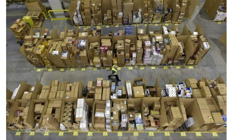 The union says workers in Amazon's San Fernando de Henares centre, where they prepare packages for clients in Spain and Europe,
