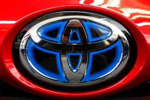 Toyota to start deploying vehicle-to-vehicle tech in 2021