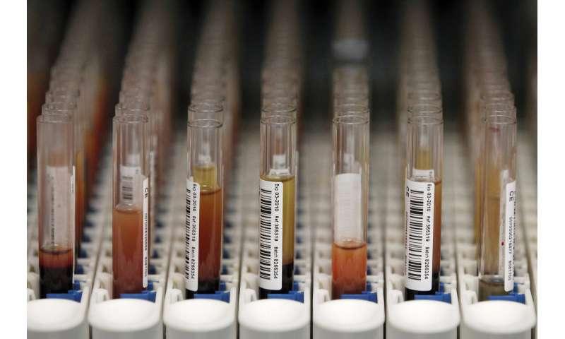 Two Native American geneticists interpret Elizabeth Warren's DNA test