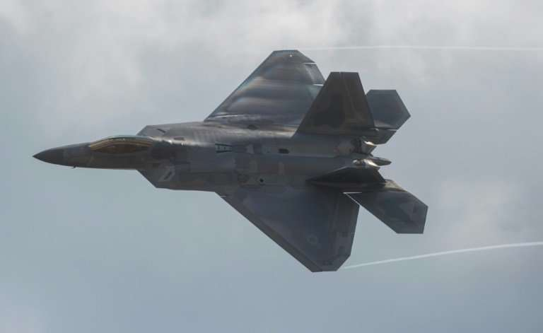 US Air Force F-22 Raptor: a government report says the Pentagon's weapons systems currently under development are highly vulnera