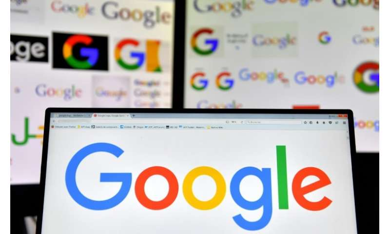 US tech giant Google has been accused by the of using the Android system's huge popularity on smartphones and tablets to promote