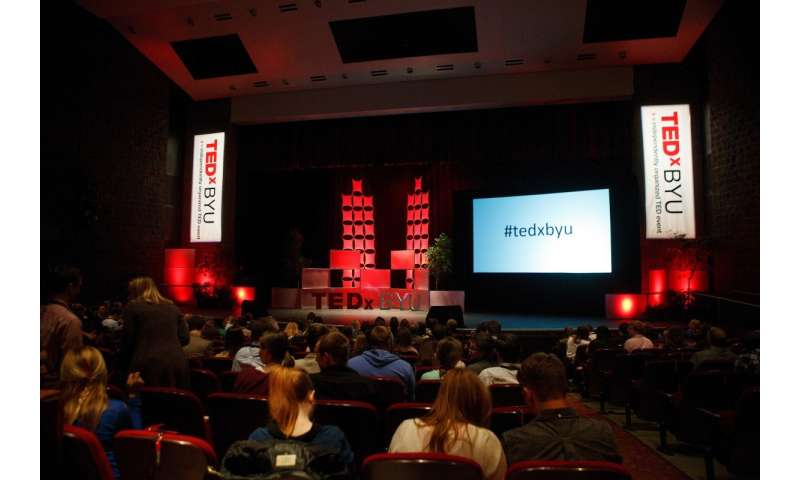 Women TEDx speakers receive more polarized comments than men