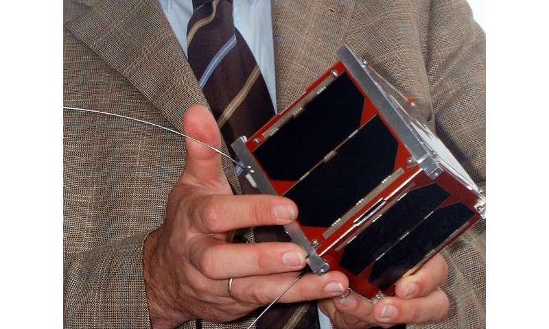 Fleets of autonomous satellites to coordinate tasks among themselves