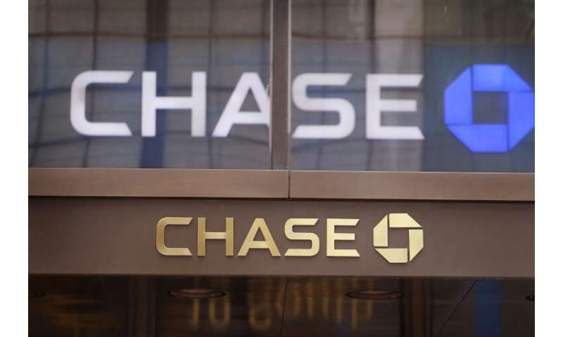 JPMorgan Chase unveiled a prototype for a system that permits cryptocurrency transactions among clients.
