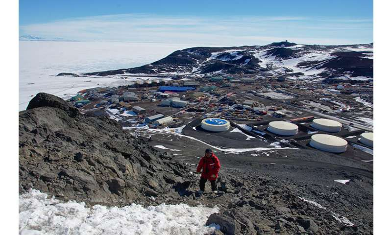 Second scientific balloon launches from Antarctica