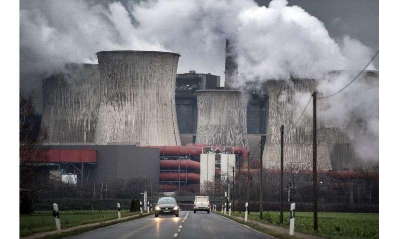 Britain adopts 2050 net zero emissions target
