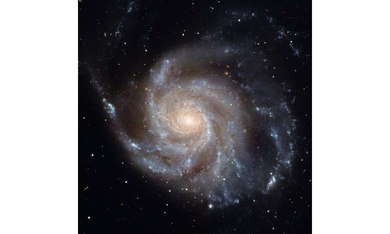 Citizen scientists re-tune Hubble's galaxy classification