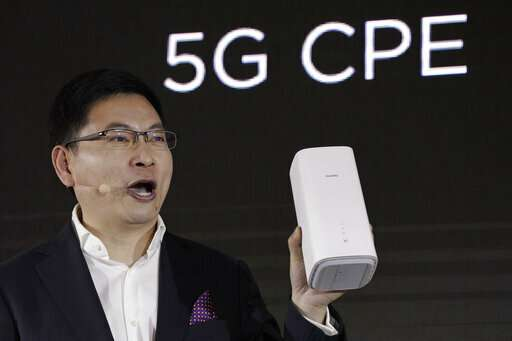 Huawei announces 5G smartphone based on own technology