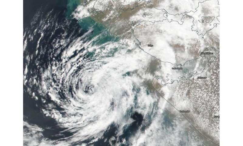 NASA-NOAA satellite finds dry air affecting Tropical Cyclone Vayu