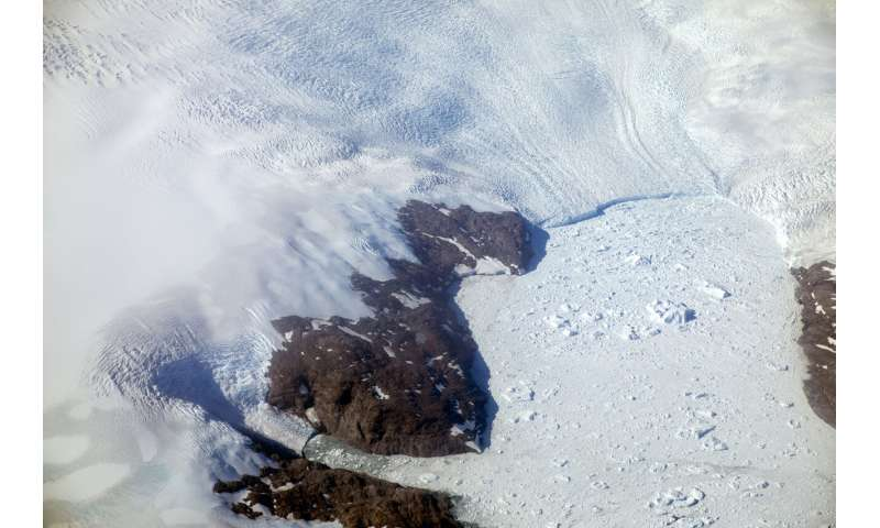 Arctic mission will trap scientists in ice to study climate