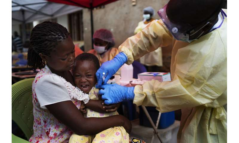 1-year-old daughter of man who died of Ebola shows symptoms