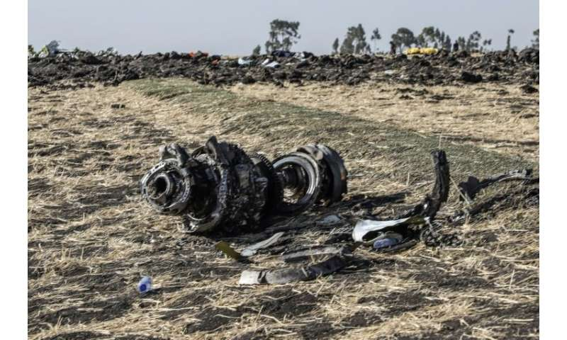 Investigators say the crew of the crashed Ethiopian Airlines plane repeatedly followed procedures recommended by Boeing, but wer