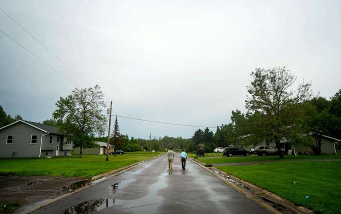 Small towns, big flood waters