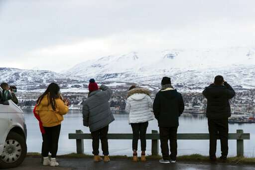 Iceland's Northern Lights: Beautiful sight, risky drives