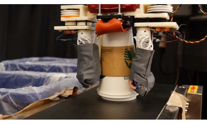 Recycling robot can use sense of touch to sort through the trash
