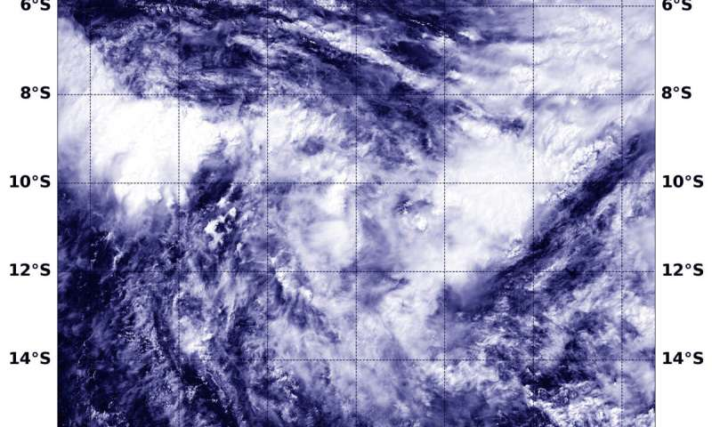 NASA's Aqua Satellite catches Tropical Cyclone Lorna organizing