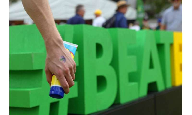 #BeatEngland, beat sunburn