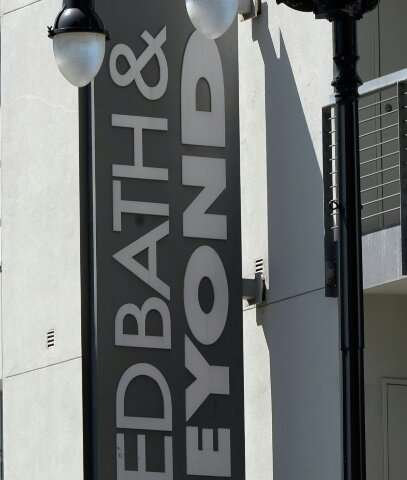 Bed Bath & Beyond shares surged 13.5 percent after it projected flat earnings in 2019 instead of the decline that had been p