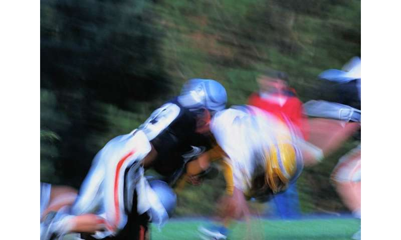 Football Alters Brains Of Kids As Young >> Brain Condition Cte Seen In H S Football Players Study