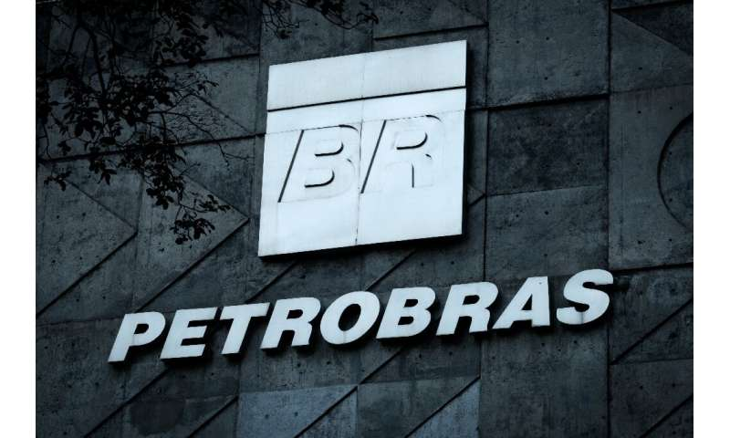 Brazilian oil company Petrobras says it refuses to risk being included on a US sanctions list