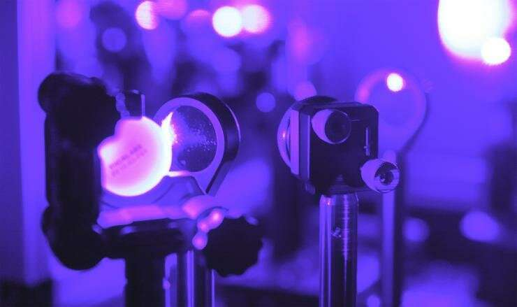 **Brilliant glow of paint-on semiconductors comes from ornate quantum physics