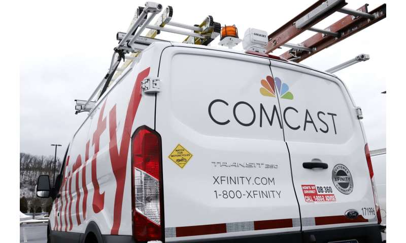 Comcast sheds cable customers but adds internet subscribers