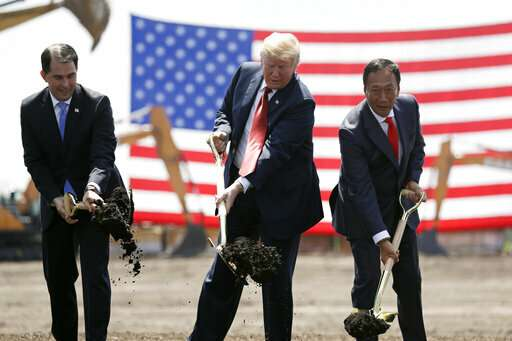 Foxconn reconsiders plan for Wisconsin manufacturing hub
