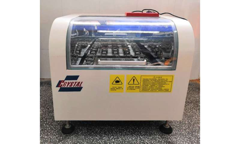 Green water-purification system works without heavy metals or corrosive chemicals