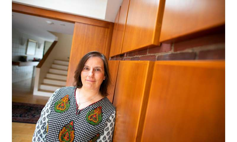 History professor traces the rise of psychiatric drugs